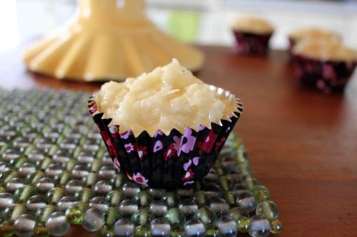 vanilla cupcakes 1