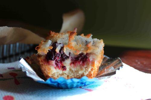 blackberry macaroon tart muffin 4