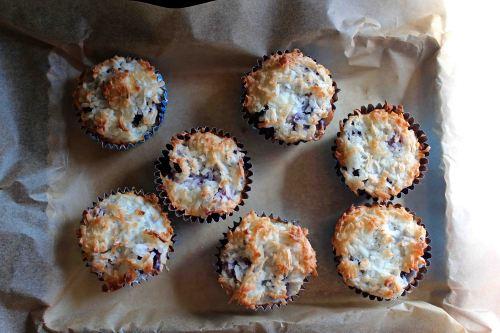 blackberry macaroon tart muffins 7