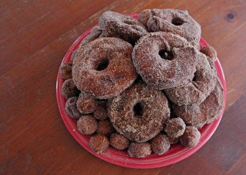 apple cider donuts 2